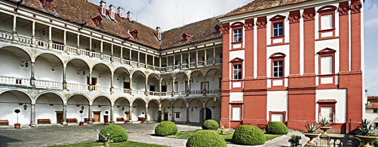 Státní zámek Opočno