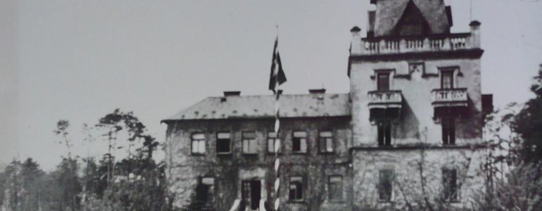 Památník Zámeček - Larischova vila