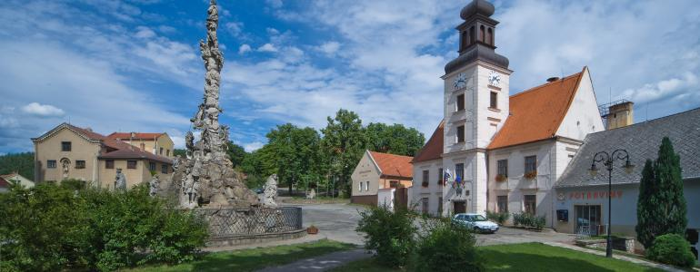 Radnice - Lomnice