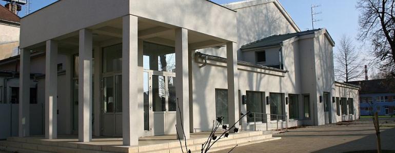 Budova kulturního domu Echo s historickým sklepením