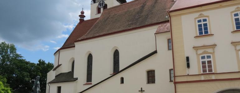 Kostel Nejsvětější Trojice - Nové Město nad Metují