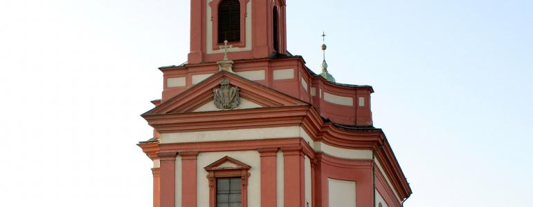 Masarykovo náměstí s Kostelem Stětí sv. Jana Křtitele - Hranice