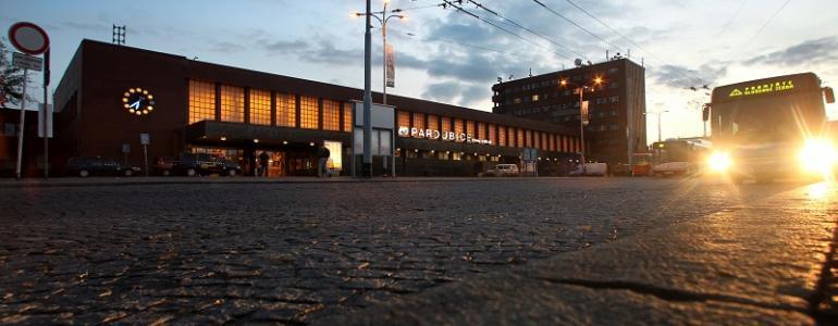 Budova hlavního nádraží Pardubice