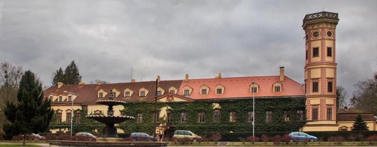Zámek - Heřmanův Městec